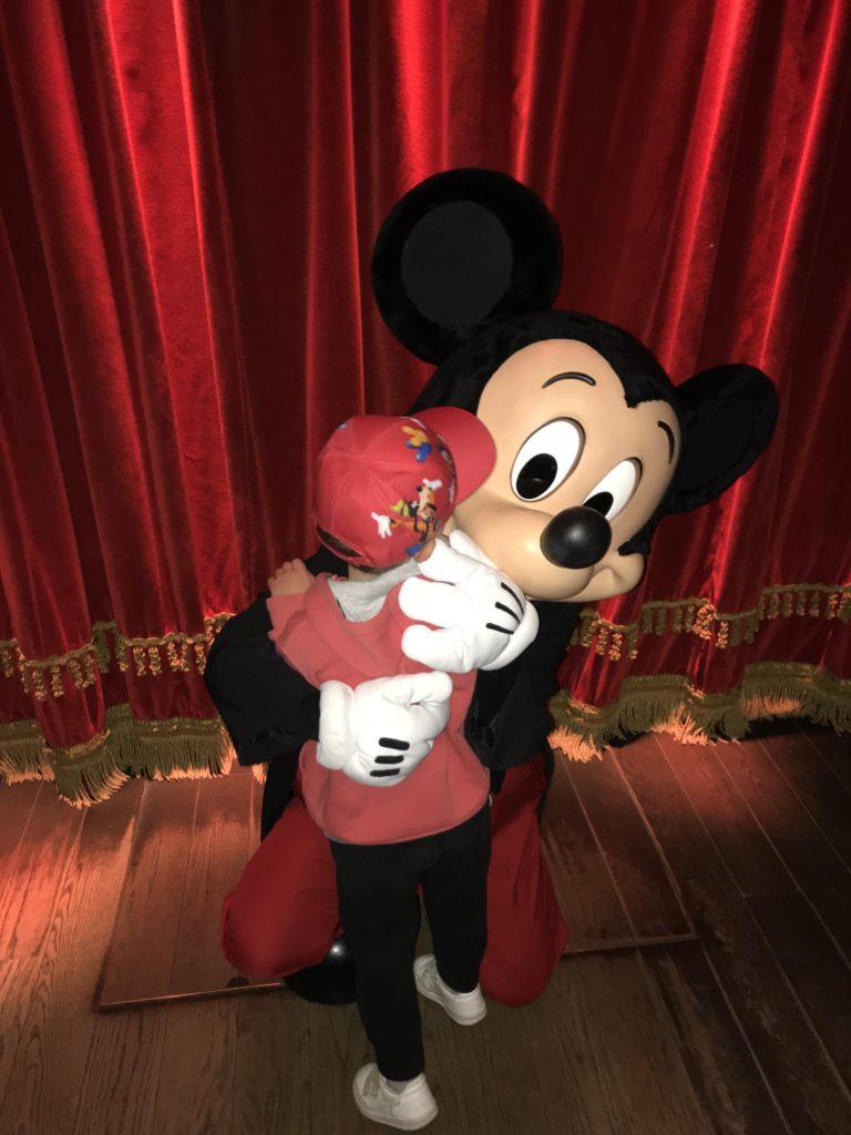 Meet Mickey Mouse at Disneyland Paris